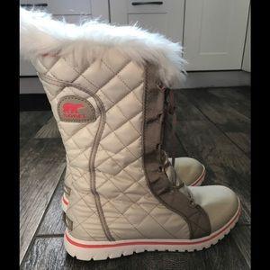Sorel cozy cate waterproof fleece boot